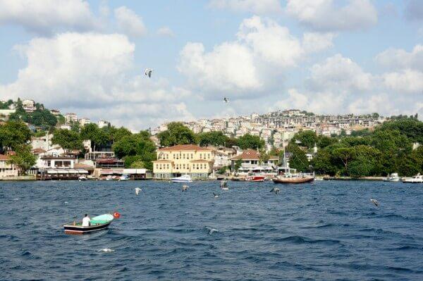 Croisière sur le Bosphore et visite du marché des épices à Istanbul