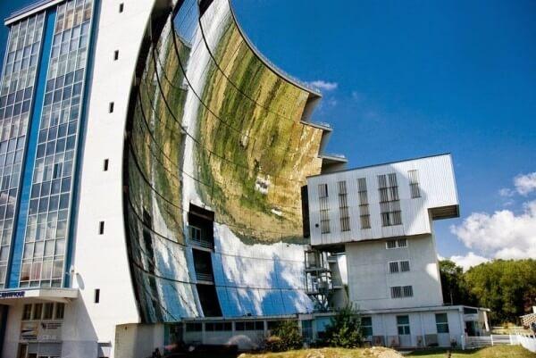 Four solaire Odeillo, France