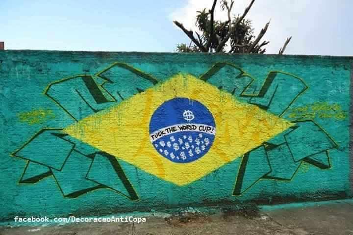 Au Brésil, le street art pour exprimer la colère anti Coupe du Monde