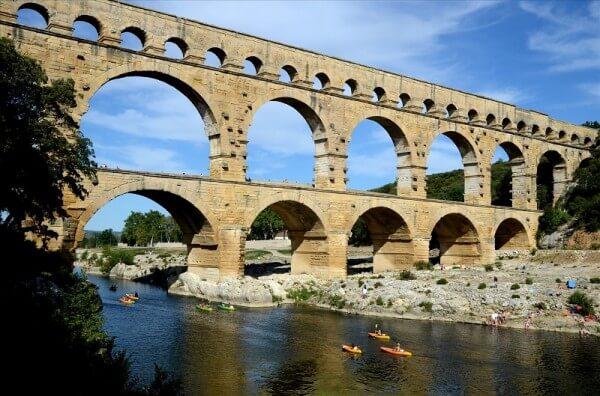 Pont du gard Cistes