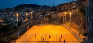 Les plus incroyables terrains de foot au monde en images