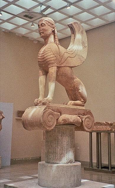 Sphinx de Naxos, Musée de Delphes