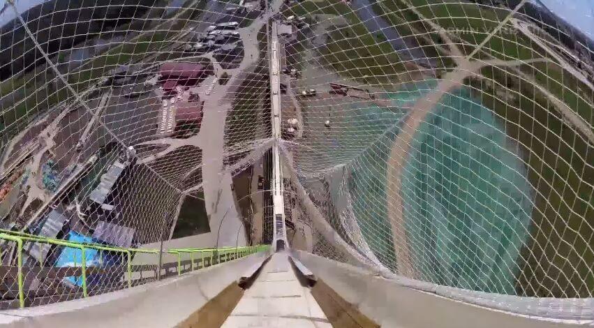 Verrückt : le plus haut toboggan aquatique du monde