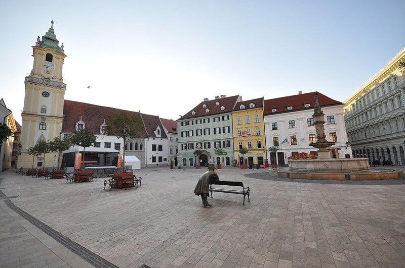 Hlavné námestie, place principale de Bratislava