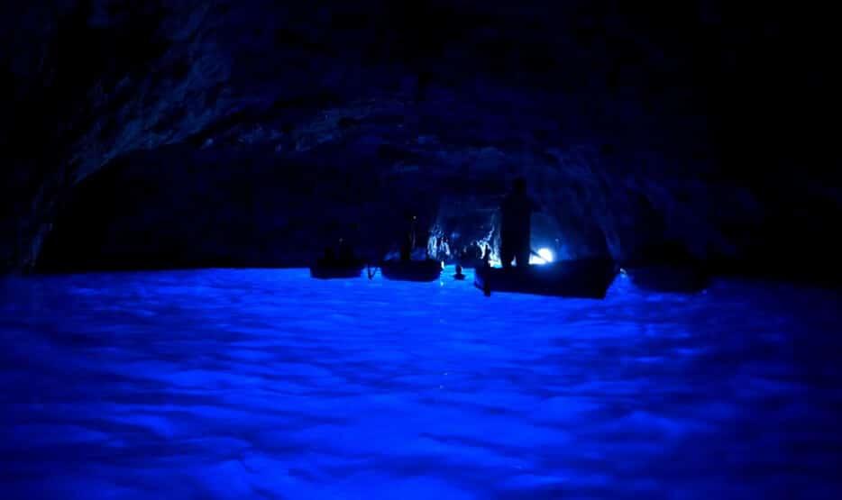 lieux où il y a de l'activité la nuit, endroits  qui se transforment la nuit