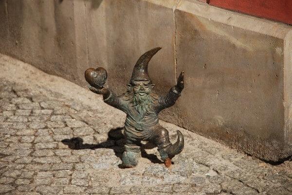 Comment chasser les «krasnale», les nains de Wrocław ?