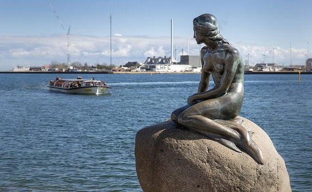 Petite sirène, little mermaid statue Copenhague