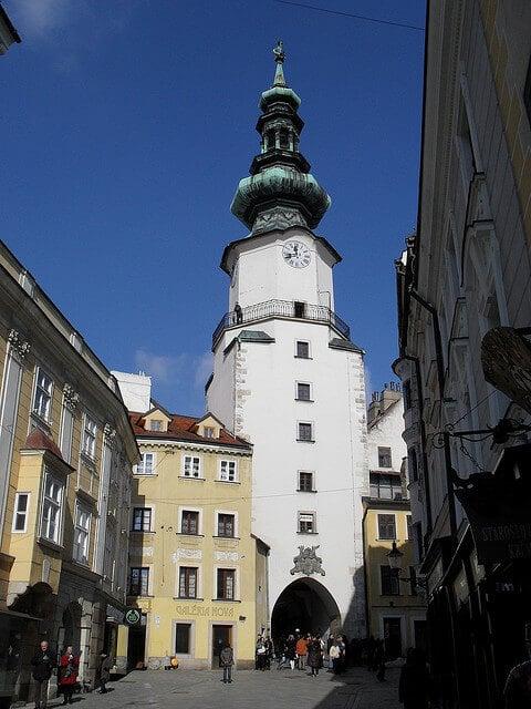 Porte Saint-Michel, Bratislava
