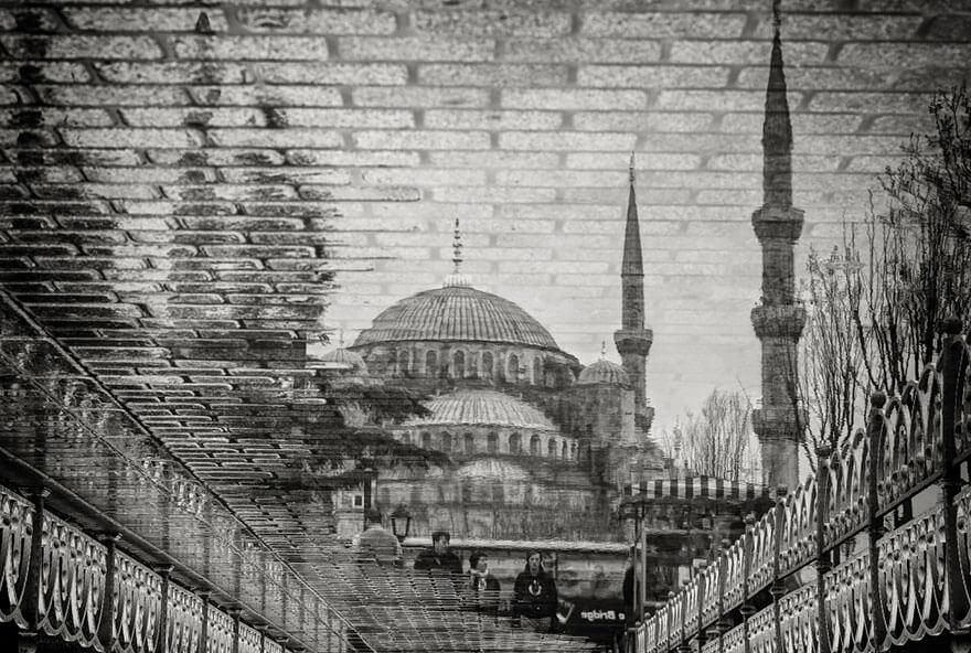 Reflet de la Mosque Bleue à Istanbul