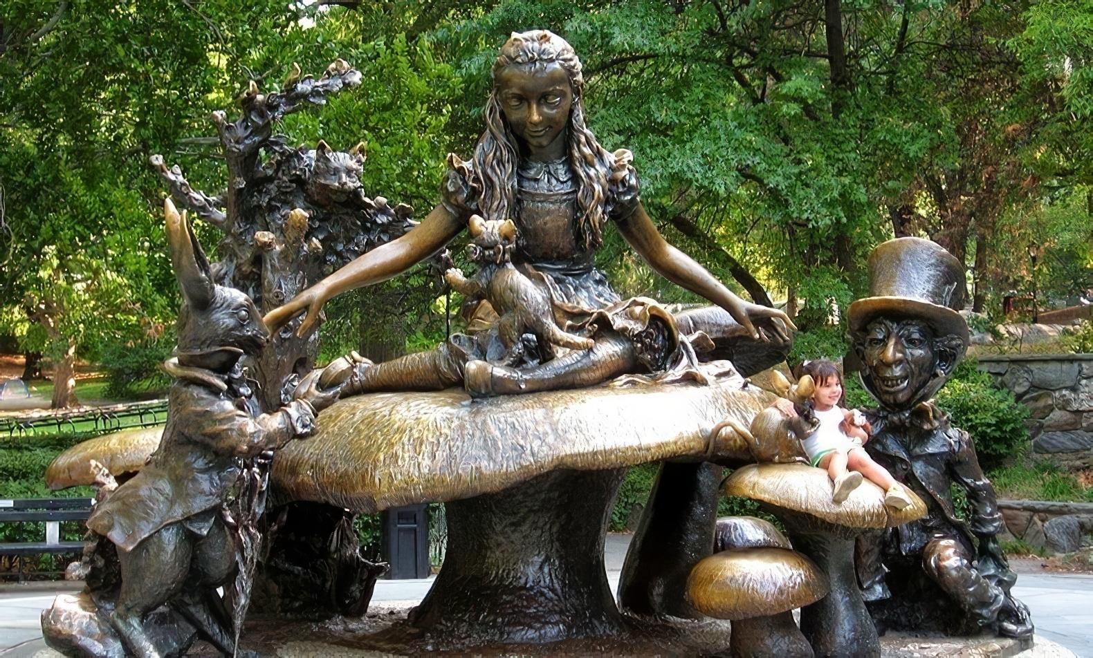 Statue d'Alice au pays des merveilles, Central Park, New York