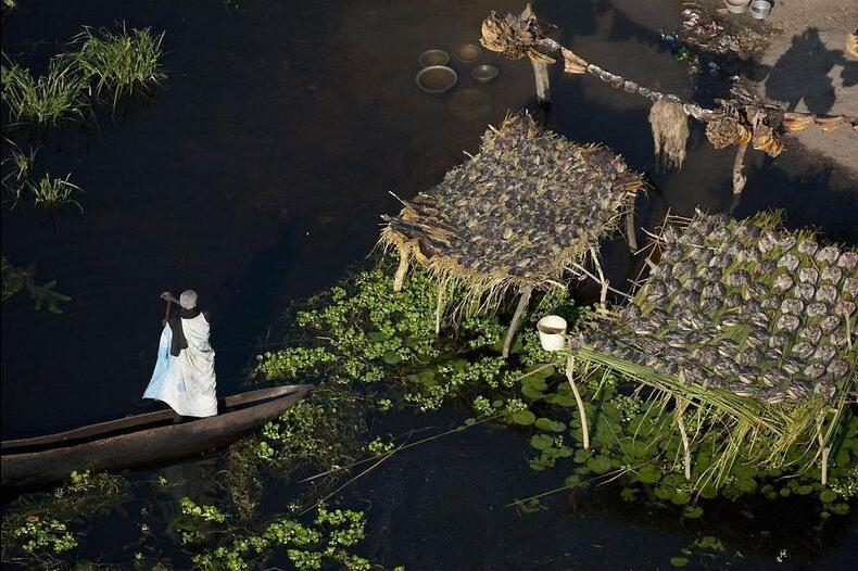 village marais Sudd, Jonglei, Sud-Soudan