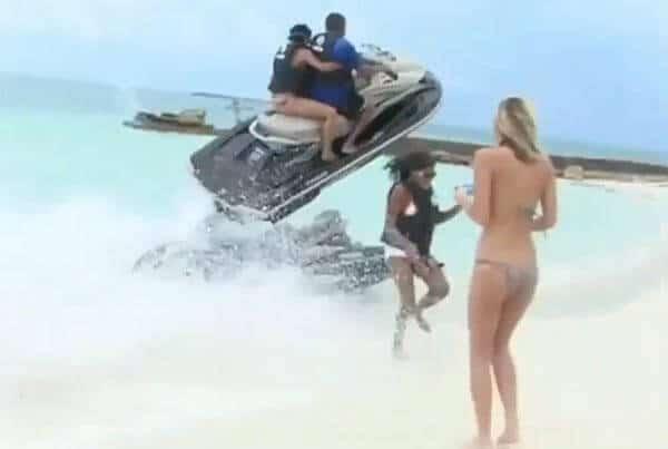 Un accident de jet ski évité de justesse aux Bahamas