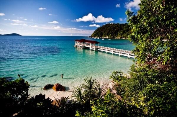 23 lieux où l'on trouve l'eau la plus bleue et claire de notre planète