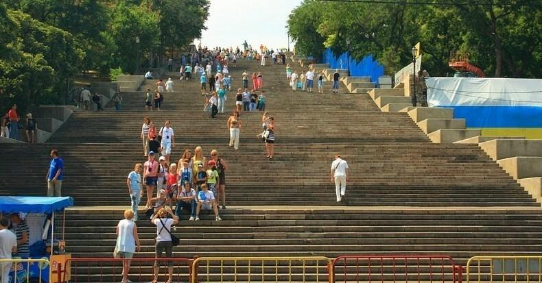 montez les marches de l escalier du potemkine 224 odessa