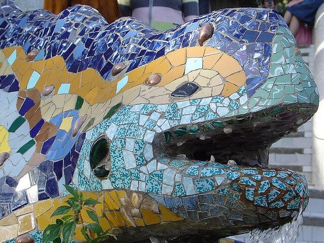 Fontaine Salamandre, parc Guell, Barcelone, Espagne