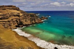 La plage de Papakolea et son sable vert à Hawaï