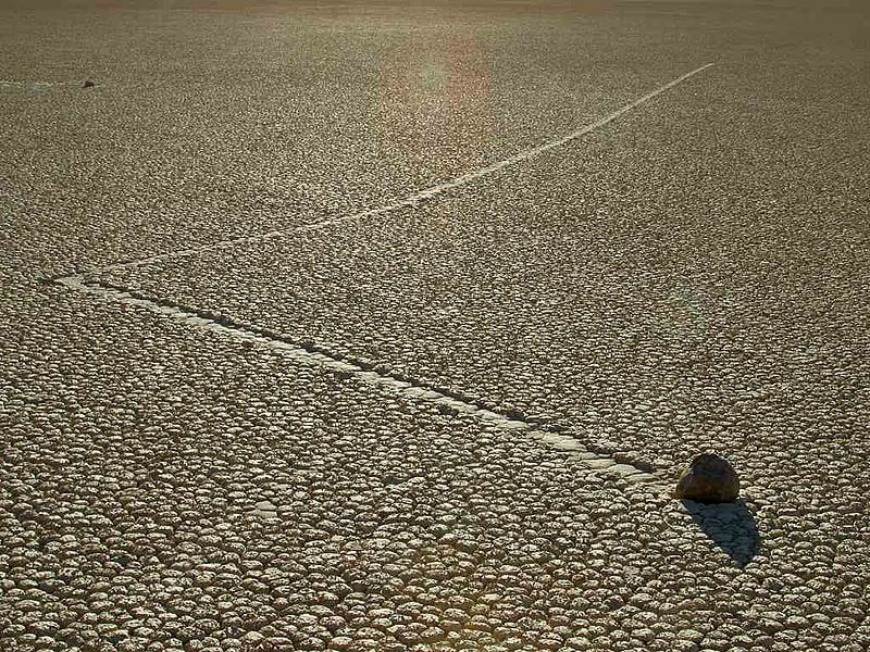 Pierres mouvantes de la Vallée de la Mort, Sailing Stones, Californie