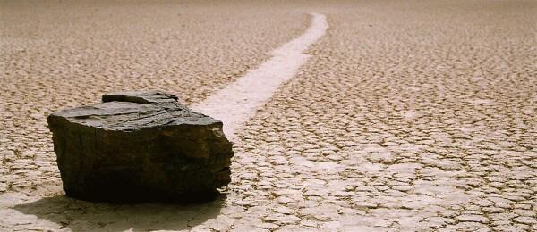 Les pierres mouvantes de la vallée de la Mort