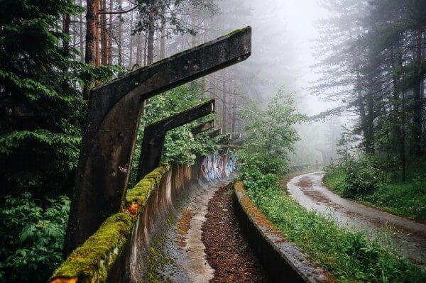 Les vestiges abandonnés des Jeux Olympiques de Sarajevo