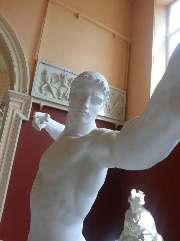 statue, selfies, musée