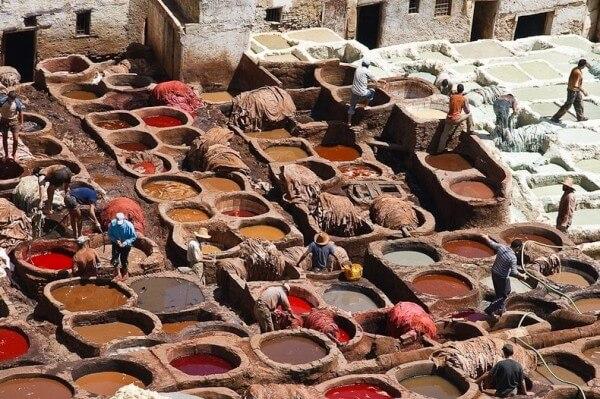 Les tanneries traditionnelles de Fès, au Maroc