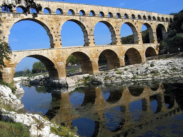 visiter le Pont du Gard entre Uzès et Nîmes à Vers-Pont-Du-Gard, dans le Gard
