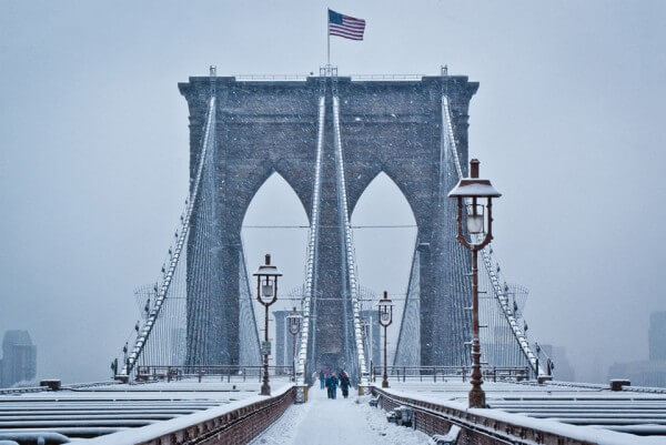 brooklyn-bridge-neige