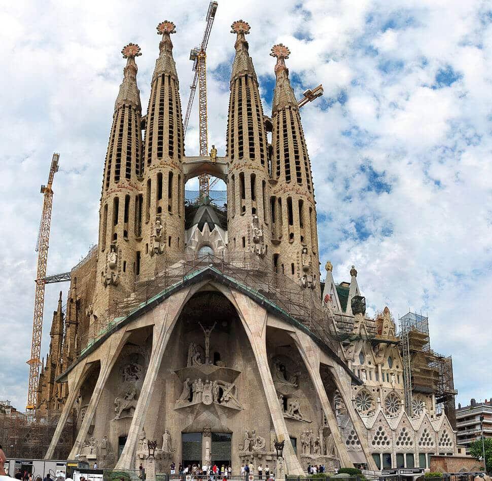 Photo b timents du monde brisant les conventions de l for Architecture traditionnelle