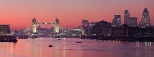 Croisière sur la Tamise à Londres au coucher de soleil
