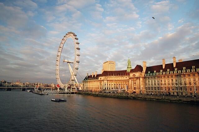 Croisière sur la Tamise, au coucher du soleil à Londres