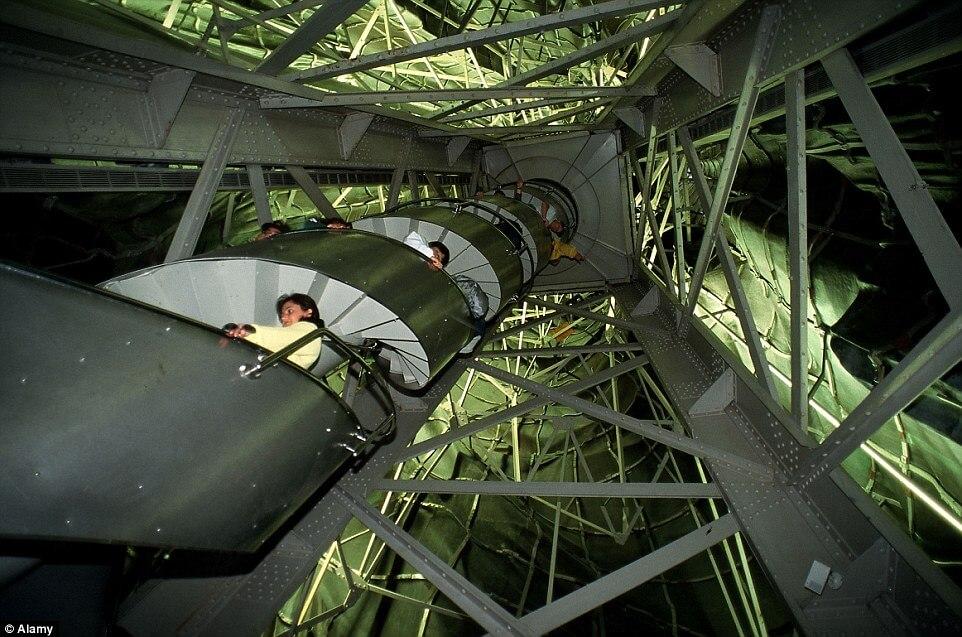 Les escaliers les plus effrayants et les plus raides au monde