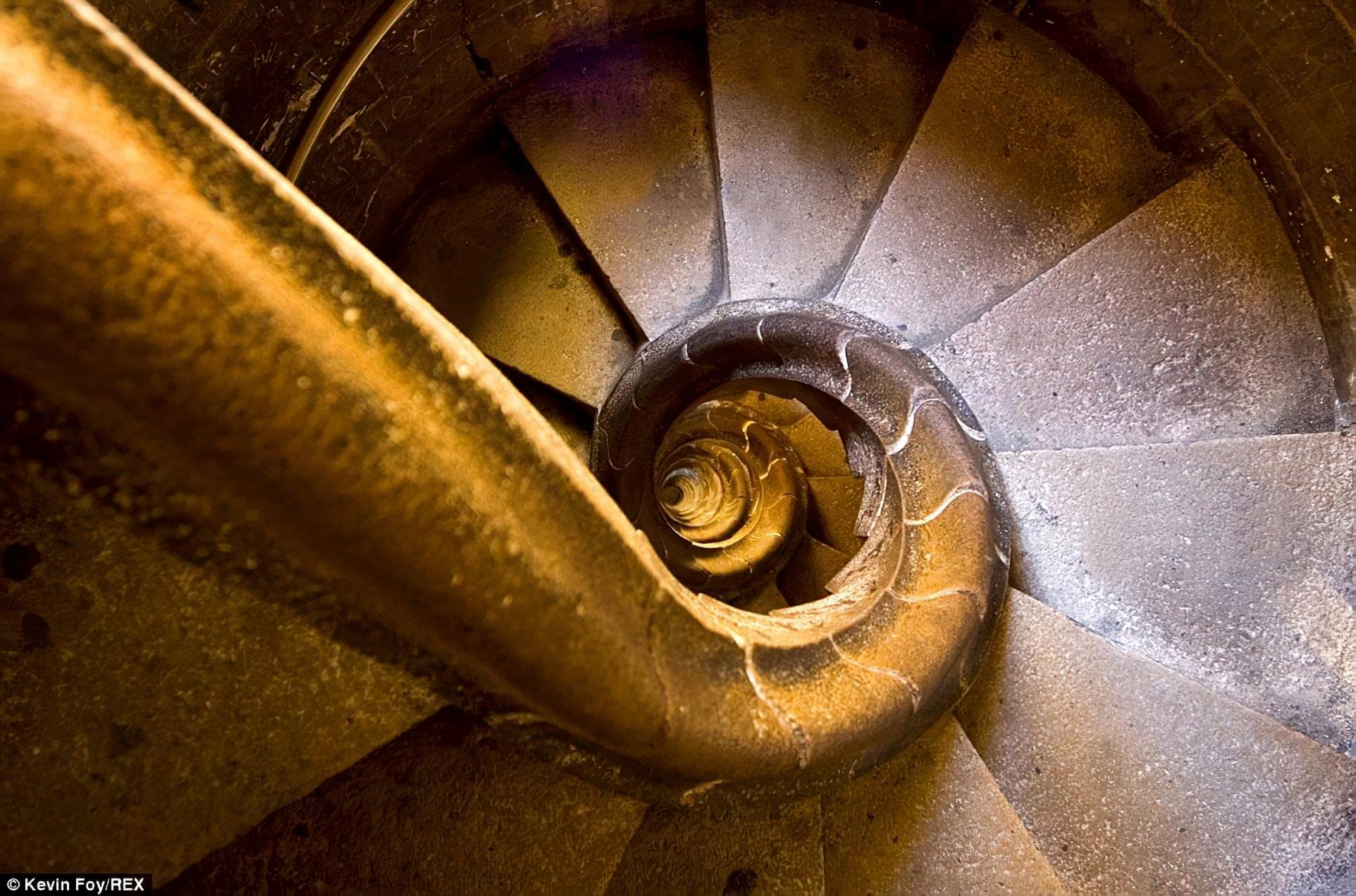 16 escaliers les plus effrayants au monde