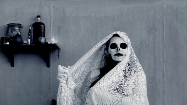 30 photos des fêtes les plus effrayantes au monde