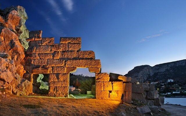 Villes les plus vieilles du monde, Thèbes, Grèce