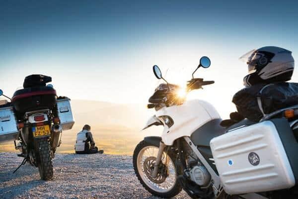 Ils quittent leurs boulots et partent en moto-trip jusqu'en Mongolie
