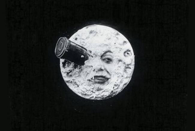 16 choses savoir sur notre magnifique lune guide for Miroir sur la lune
