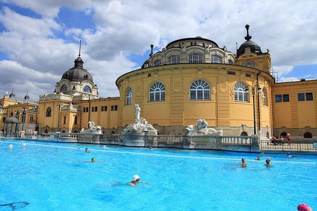 Spa, bains thermaux Szechenyi, Budapest