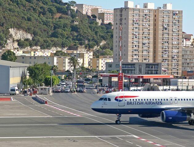 Aéroport Gibraltar croisement route