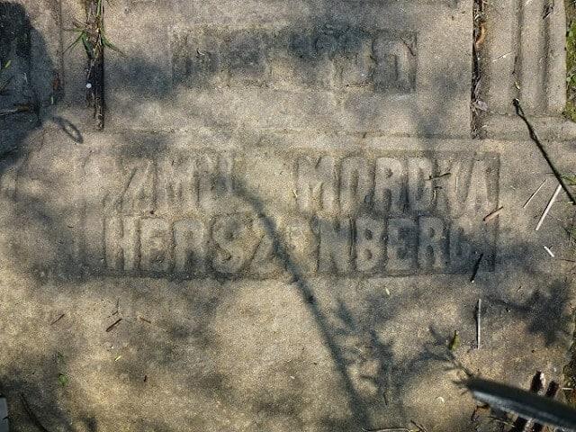 Camp de Plaszow, tombes juives, La Liste de Schindler, Cracovie