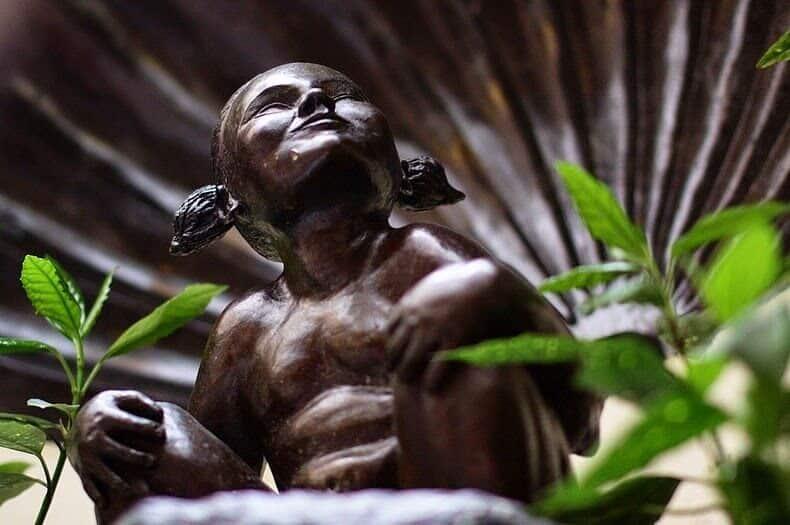 Jeanneken-Pis Bruxelles Statue qui pisse