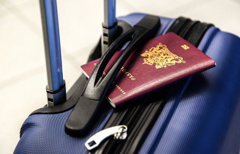 Passeport et valise