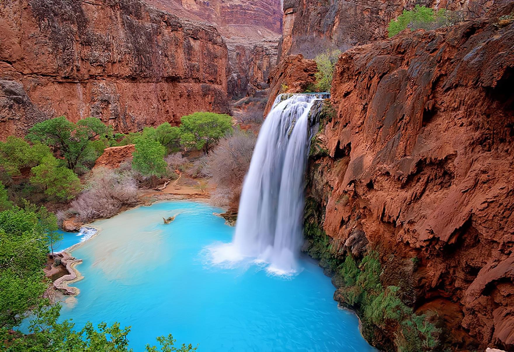 28 des plus belles cascades et chutes d'eau au monde