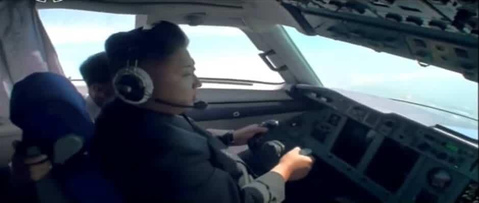 Vidéo: apparemment, Kim Jong-un sait piloter un avion