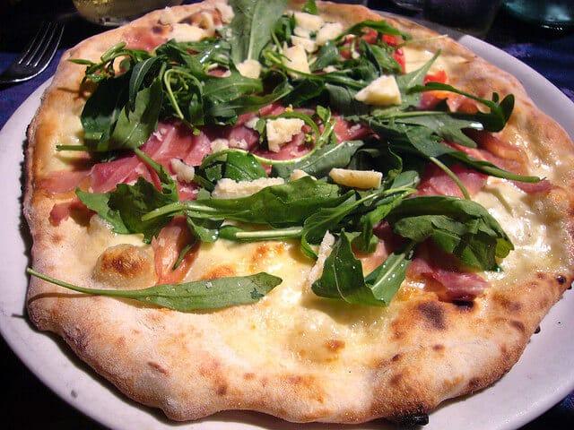 Spécialité Naples Pizza