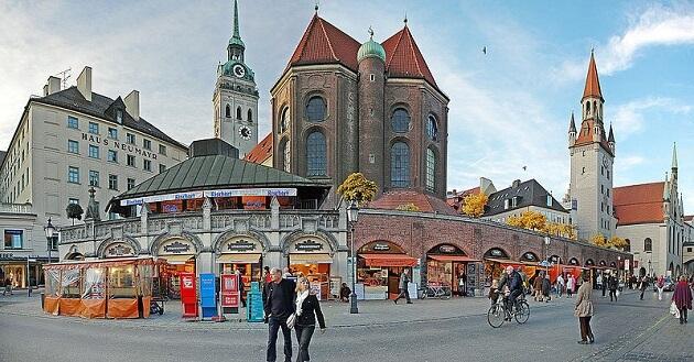 Viktualienmarkt, marché aux victuailles, Munich