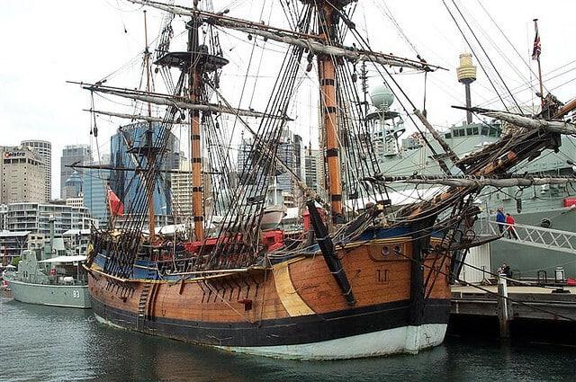 Endeavour, navire du capitaine Cook, Sydney