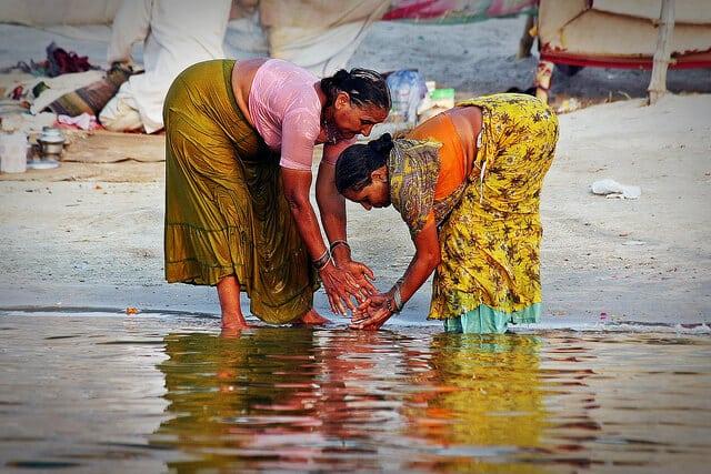 femmes, Gange, Varanasi