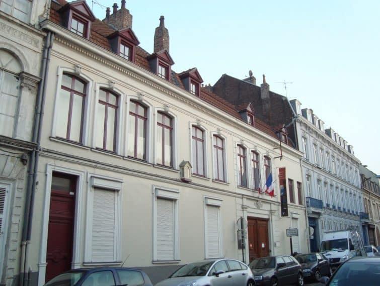 Façade de la maison de Charles de Gaulle à Lille