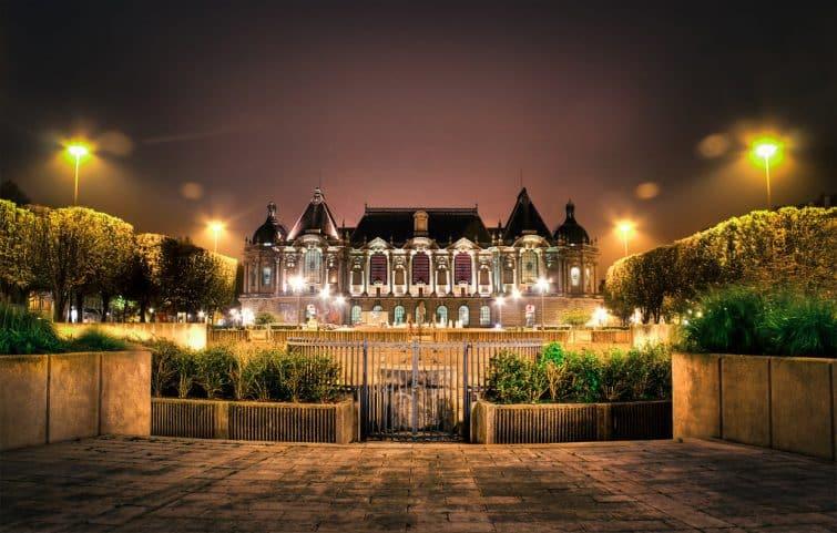 Le palais des Beaux-Arts de Lille de nuit