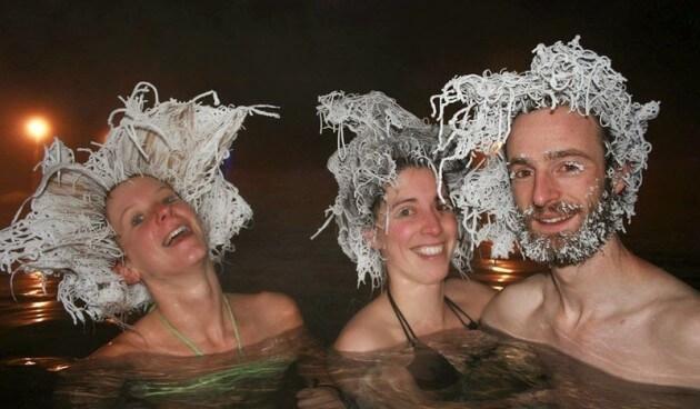 Les sources chaudes de Takhini et son concours de chevelures gelées